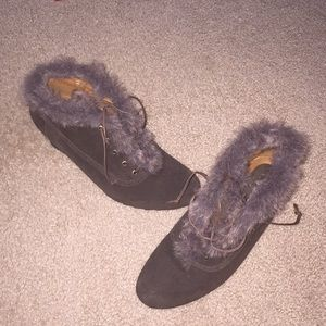 Shoes - Chocolate brown faux fur trim booties size 8
